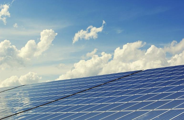 photovoltaic 2138992 960 722